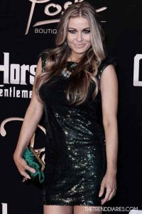 Beautiful Carmen Electra Hosts Crazy Horse 3